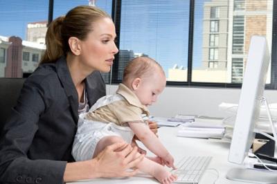Сотрудница с двухлетним ребёнком
