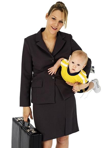 Деловая мама с ребёнком
