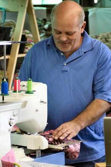 Видео Как открыть мастерскую по пошиву одежды