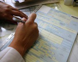 Допустимые исправления в больничном листе: образцы и примеры. Как работодателю исправить ошибку в документе, если она допущена им самим или медицинским учреждением?