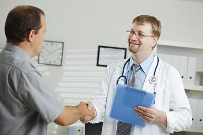 Можно закрыть больничный лист другому человеку. Как закрыть больничный лист без нарушения правил и законов