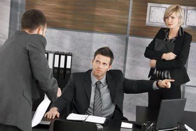 Увольнение за прогул, если работник не появляется на работе, пошаговая процедура
