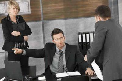 Чем чревато отсутствие без уважительных причин на рабочем месте или приказ об увольнении за прогул (образец)