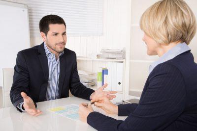 Нужно ли отработать 2 недели при увольнении по собственному желанию: срок отработки по закону