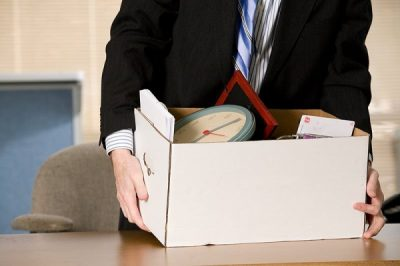 Все, что должен знать сотрудник о том, какие документы должны выдать при увольнении по собственному желанию?