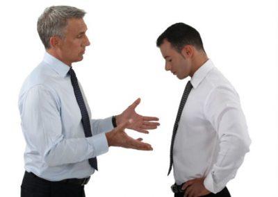 Как уволить сотрудника за неоднократное неисполнение трудовых обязанностей